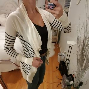 GUESS Striped cardigan/Fitted Sweater